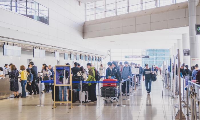 出発・到着手続きのご案内 出発の流れ(国際線)|広島空港